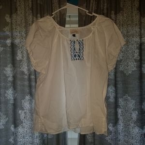 Universal Thread white blouse